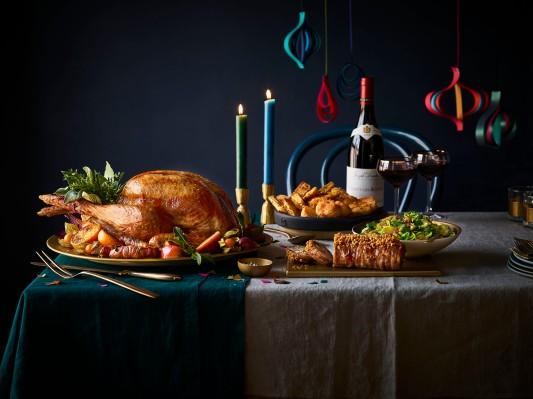 14.Waitrose Christmas big lunch tabletop